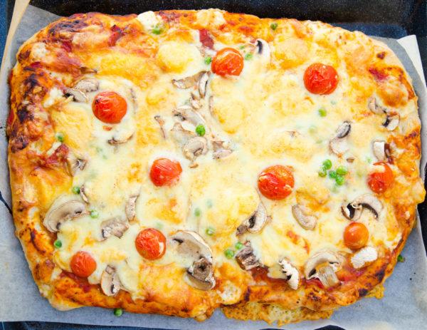 Pizza i ugnsform