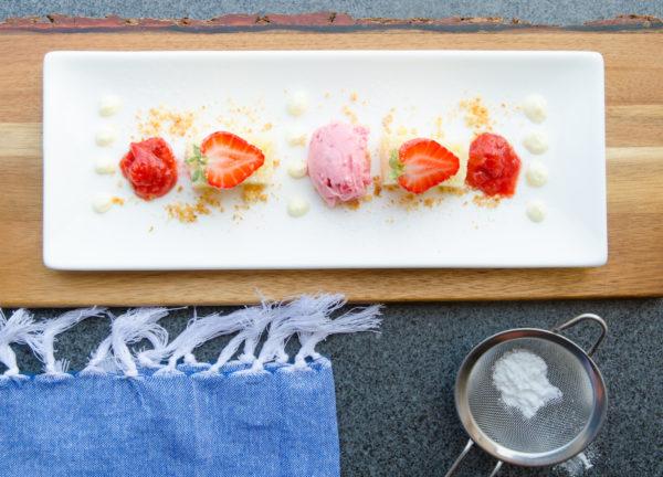 Dekonstruerad jordgubbspaj