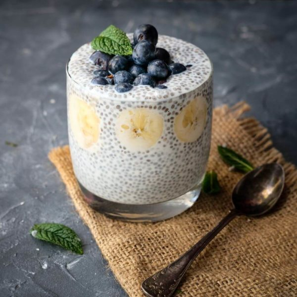 Enkel chiapudding med blåbär